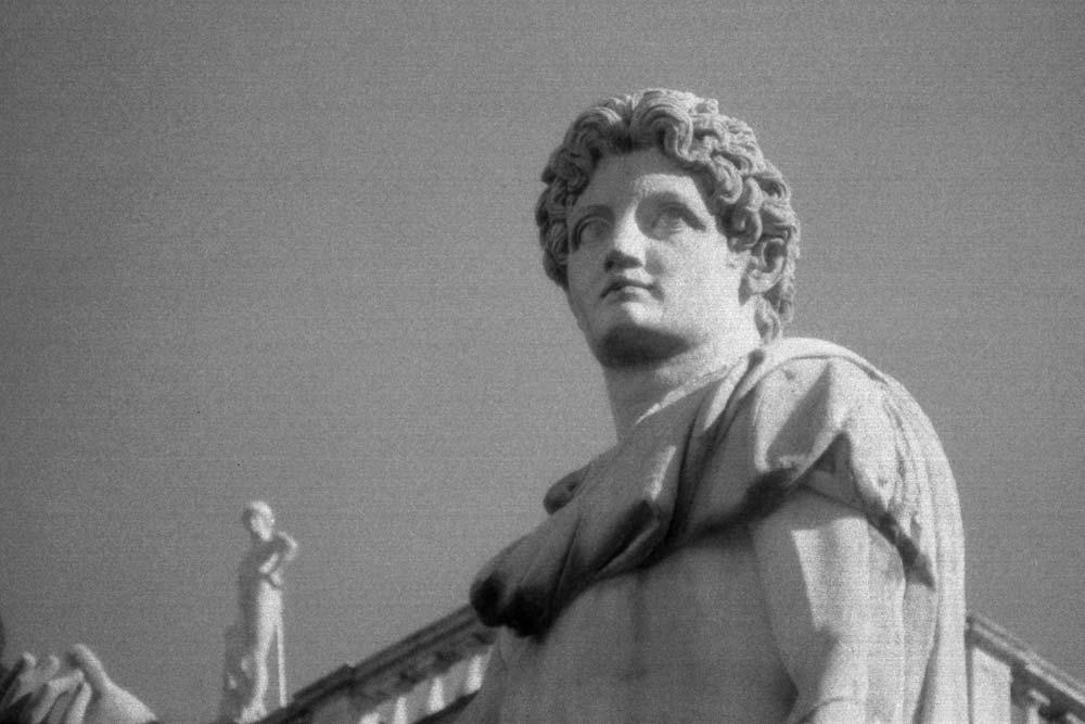 Castor (ou Pollux), place du Capitole, Rome (Italie).