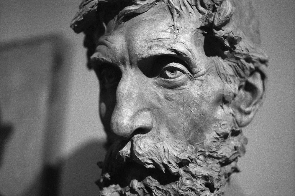 Anonimo con barba (1889) par Ettore Ximenes, Galleria d'Arte Moderna, Rome (Italie).