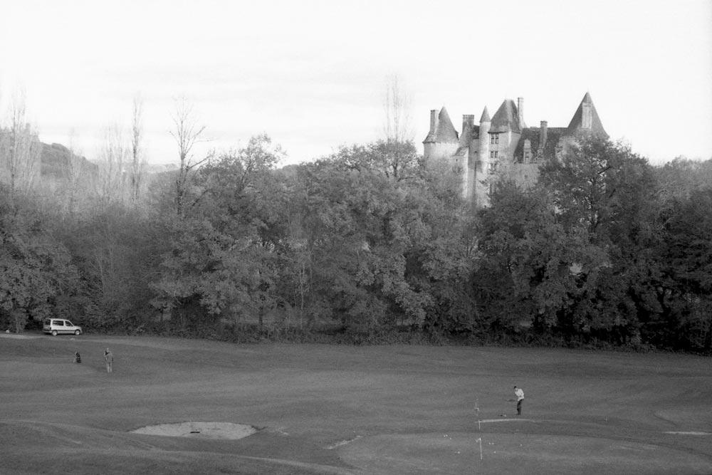 Le château de Montal vu depuis Revery, Saint-Jean-Lespinasse (Lot).