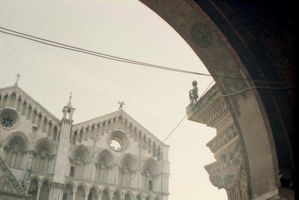 Duomo, piazza della Cattedrale, Ferrare (Italie).